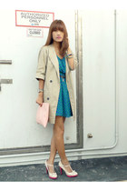 turquoise blue Forever 21 dress - camel trench The Ramp coat