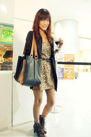 black Bazaar bag - brown Ebay shoes - brown archvie clothing dress