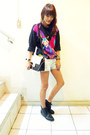 Black-thrifted-boots-hot-pink-grandma-vintage-80s-sweater-black-from-sg-bag