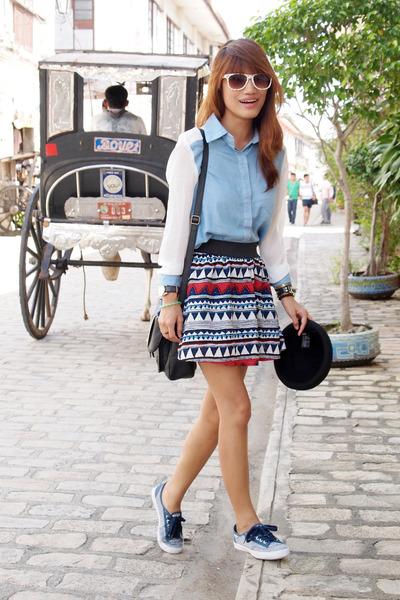 ruby red Wardrobe Check skirt - light blue Heir Clothing top