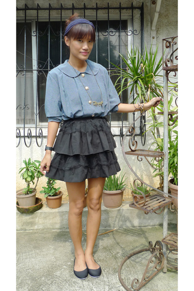 blue vintage blazer - black DIY skirt - black from vietnam shoes - gold from Eba
