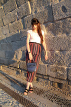 navy vintage bag - white cotton Oysho t-shirt - navy Zara pants