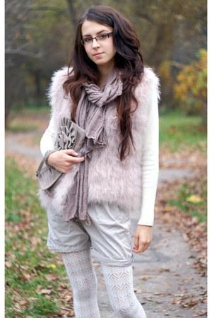 feathers Zara vest