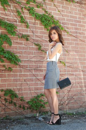 gingham skirt Yesstyle skirt - Chanel bag - white crop top garage top