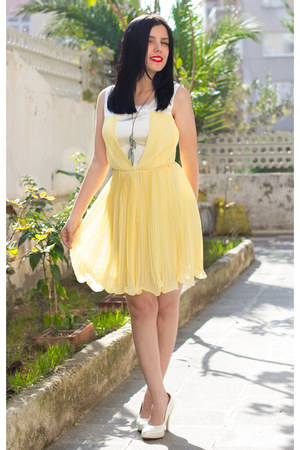Boticca necklace - Romwomen dress