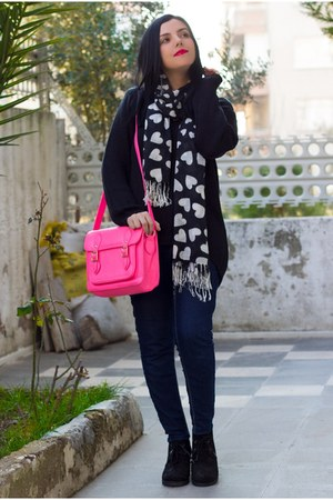 romwe bag - Sheinside jeans - Sheinside sweater - Newfrog scarf