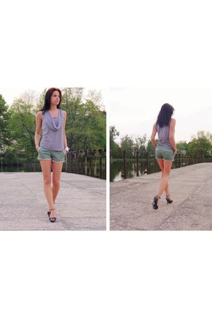 aquamarine OASAP shorts - heather gray Mango blouse