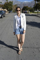 white faux leather jacket - denim shorts Wrangler shorts