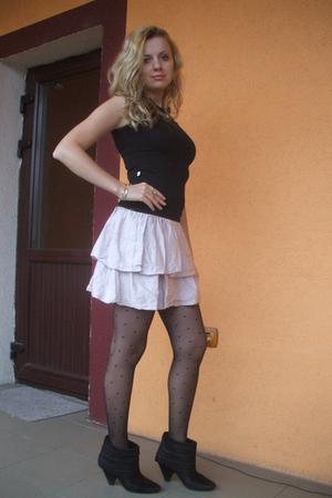 black Zara tights - black Zara boots - black Vero Moda t-shirt - pink Zara skirt
