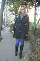 black Pinko coat - black Zara boots - black Mango purse - blue Stradivarius tigh