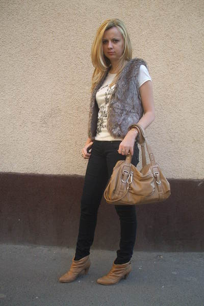 beige pull&bear boots - beige Nine West purse - black pull&bear jeans - brown Za