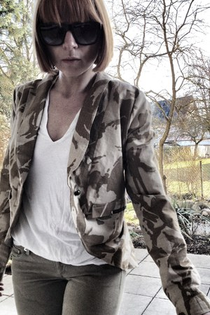 light brown camouflage upper palatinate rocks blazer