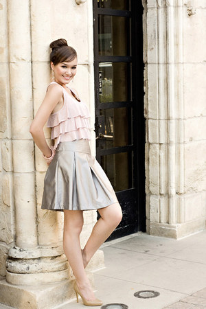silver Club Marc skirt - light pink Forever 21 blouse