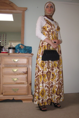 Urban Outfitters purse - Nine West shoes - Nordstrom dress