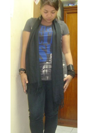 gray cotton Gray shirt shirt - gibi Old Black Boots boots - Jeans pants