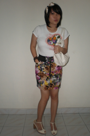 Body Gloves shirt - ITC mangga dua skirt - nose shoes - Charles & Keith purse -