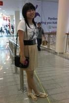Bebe t-shirt - moms belt belt - Gobelini purse - moms skirt skirt - Charles & Ke