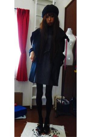black aqui agora pedido coat - charcoal gray nakEd bunch dress