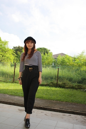black hat - black Mummys from the 80s pants - black Topshop top - black from hon