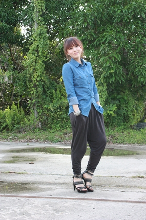 random brand top - H&M pants - Jeffrey Campbell shoes