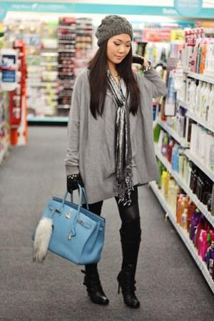 sky blue Hermes bag - black Forever 21 leggings - heather gray H&M top