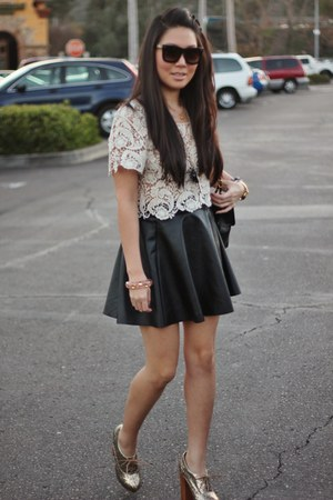 black Forever 21 skirt - eggshell Forever 21 top
