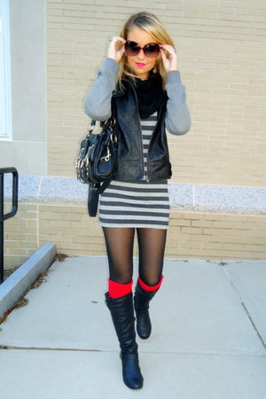red knitted H&M socks - heather gray striped Forever 21 dress