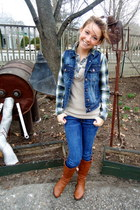 Charlotte Russe boots - abercrombie and fitch jeans - f21 vest