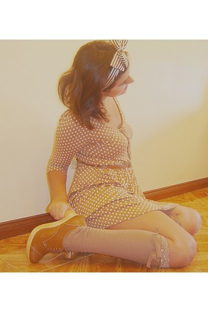 Stradivarius dress - Bershka shoes - Stradivarius socks