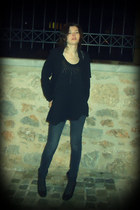 black exe boots - black Thesis coat - dark brown Bershka jeans