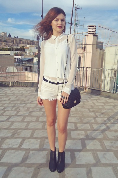 black H&M boots - white pull&bear shirt - black Tally Weijl bag
