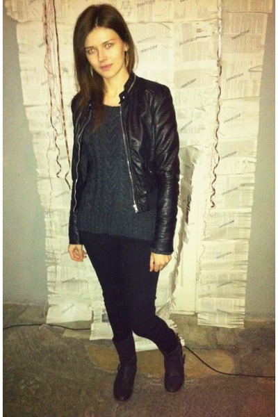 Black H&ampM Jackets Brown Coolway Boots Black H&ampM Sweaters