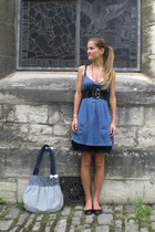 black thick H&M belt - black H&M shoes - blue mini hollister dress