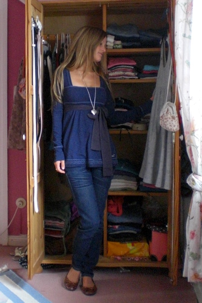 blue babydoll shirt hollister shirt - brown ballet flats Yesstyle shoes