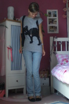 gray cat Pimpkie shirt - black ballet flats Pretty Ballerinas shoes