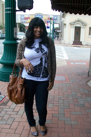 brown leopard print shoes - blue jeans - brown leopard print sweater - white stu