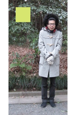 vintage coat - Levis pants - Muji shoes - Hanjiro scarf