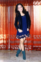 black wanko blazer - blue vintage skirt - blue boots - black top