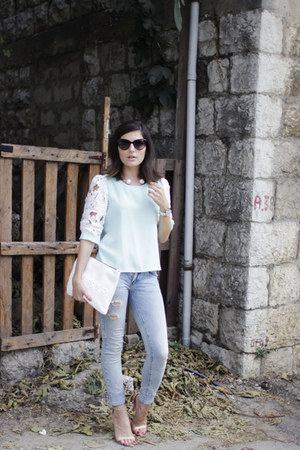 light blue Jujule Lemonie top - blue pull&bear jeans