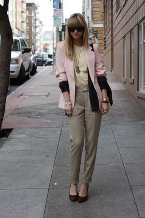 pink vintage blazer - beige Zara pants