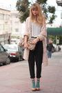 Pink-h-m-sweater-black-vince-pants-gray-olive-and-olivia-t-shirt-beige-ald