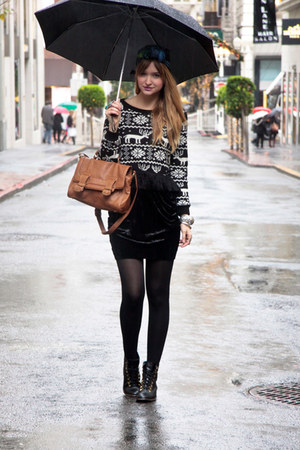black Topshop skirt - black Need Supply boots - black nastygal sweater