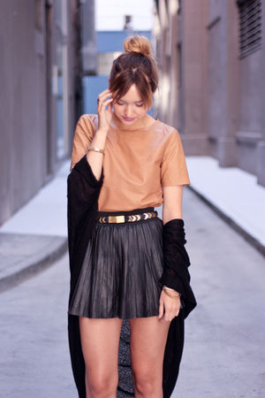 beige H&M top - black American Apparel sweater - black Zara skirt