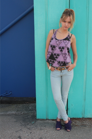 purple obey shirt - purple Chinese Laundry shoes - white Urban Outfitters jeans