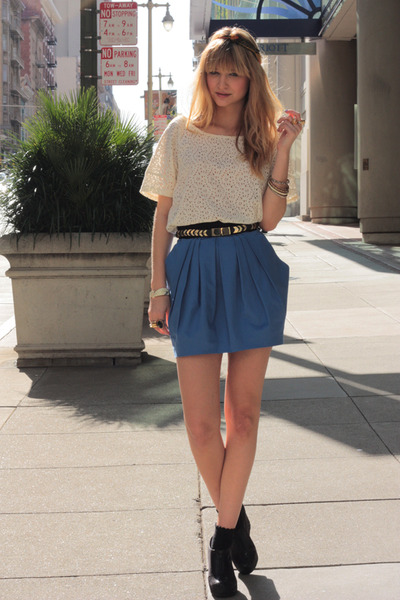 blue H&M skirt