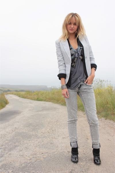 gray H&M blazer - black Volitile shoes - gray Forever 21 jeans