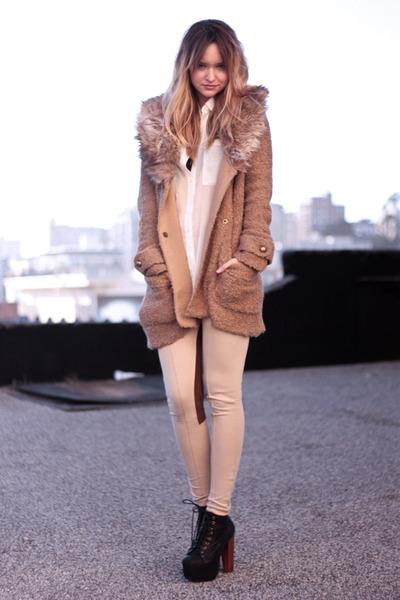 beige Zara leggings - black Lita by Jeffrey Campbell shoes - beige Zara sweater