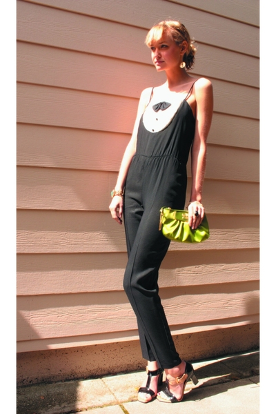 black DSW shoes - green coach bag - black jumper 80s thrifted