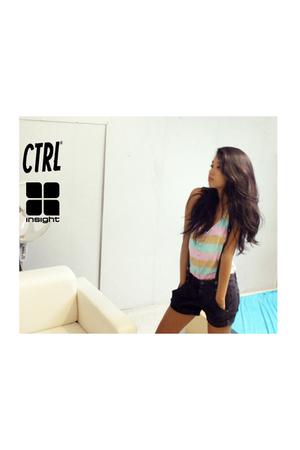 insight51 top - ctrl shorts