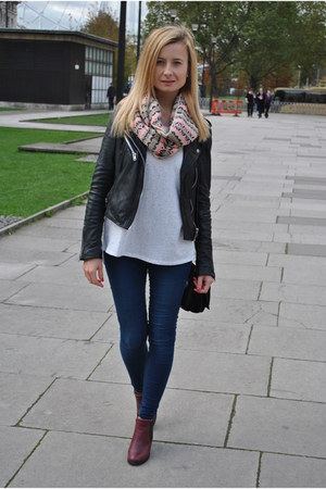 jacket - boots - jeans - scarf - bag - t-shirt